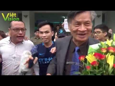 Nhà hoạt động Nguyễn Chí Đức một mình chống lại cả đám  ủng hộ Cờ vàng Nguyễn Quang A