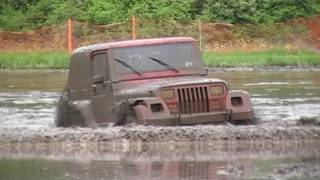 Stock 4x4 JEEP Shows Big Trucks How To MUD