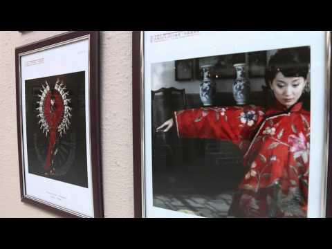 Buite: hoe kyk chinese deur die kamera se lens?