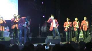 Regalo de bodas (audio) Banda Carnaval