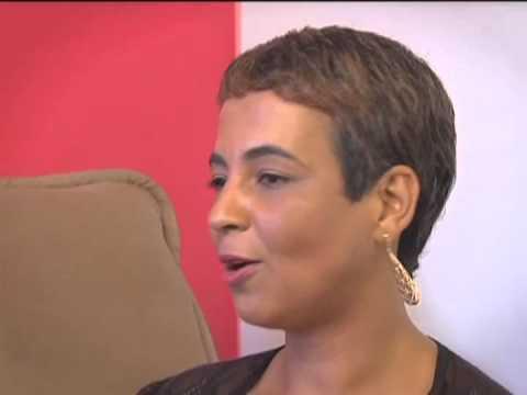 Duas mulheres contam como superaram o câncer de mama