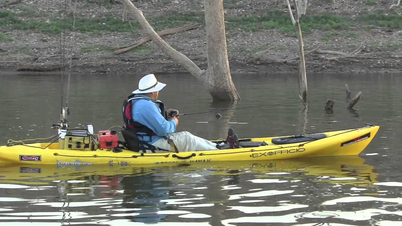 Monster bass fishing on lake el salto kayak fishing for Bass fishing kayak