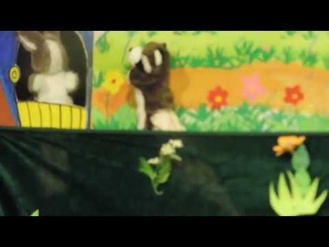múa rối tay bác gấu đen và 2 chú thỏ