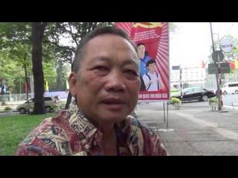ông  Ông Nguyễn Ngọc Lập, Bà Phùng Tuệ Châu, ông Nguyễn Phương Hùng gặp gỡ độc giả tại VN