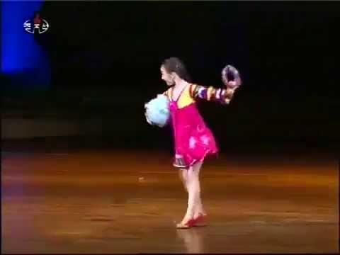 Cô bé Triều Tiên Múa rất đỉnh,phát hiện nghi vấn hack