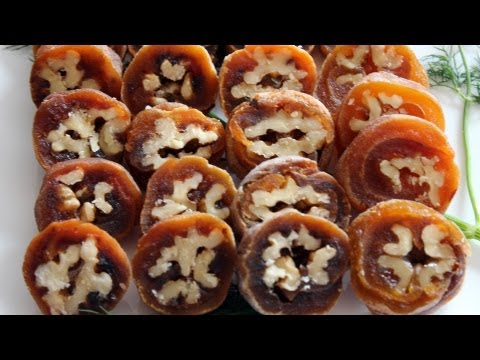 Walnuts wrapped in persimmons (gotgamssam)