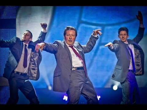 "Rowland Rivron Dances Fatboy Slim's ""Weapon of Choice"" for Sport Relief"