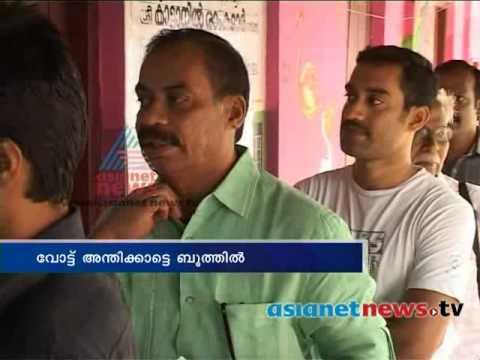 Kerala Election 2014: Sathyan Anthikkad  on polling boothകേരളം പോളിങ്ങ് ബൂത്തിലേയ്ക്ക്