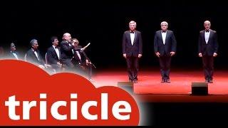 Actuación especial de Tricicle y Les Luthiers