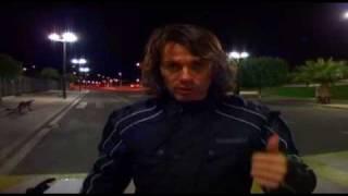Conducción nocturna en moto