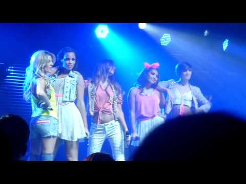 The Saturdays - Love The Way You Lie/What's My Name/Only Girl At Nottingham 12/02/11