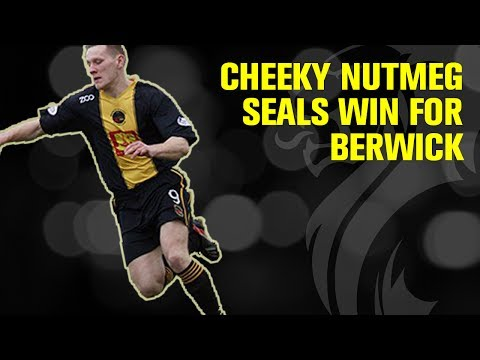 Russell scores cheeky nutmeg as Berwick keep up play-off chase