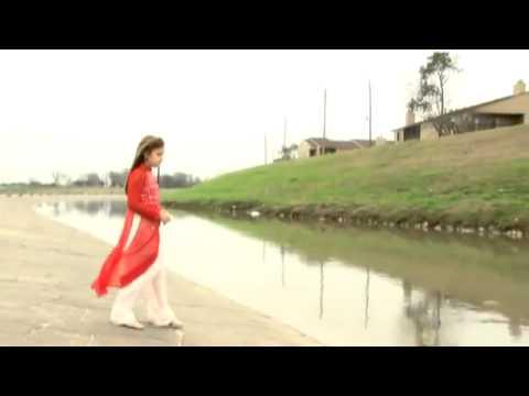 Bé Gái người Mỹ hát tiếng Việt rất hay
