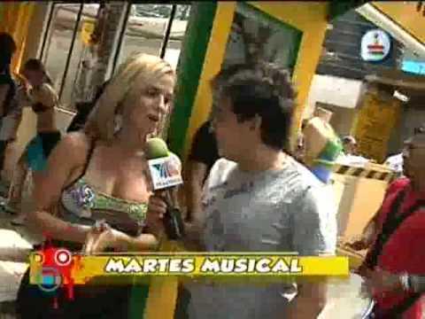 Mulher De Mini Saia Flagrante Calcinha Branca Filmvz Portal
