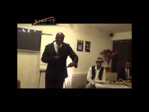 VI GOMEZ : Une Lecture Comparative des Thèses