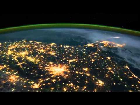 Hình ảnh tuyệt đẹp của Trái đất quay từ vệ tinh ISS HD