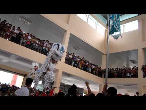 Hội Lân  Trung thu 2011- thi trấn Vĩnh Điện- Điện Bàn- Quảng Nam