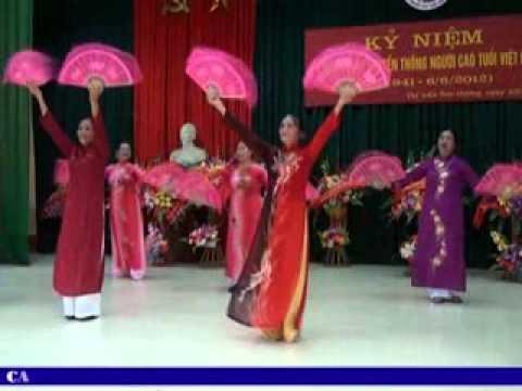 Văn nghệ hội người cao tuổi thị trấn sơn dương - Quay phim: Thanh Giang