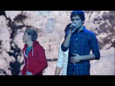 One Direction Tour - MANCHESTER - One Thing HD