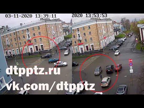 Перекрёсток Ленина - Герцена. Два ДТП с пешеходами за 15 минут