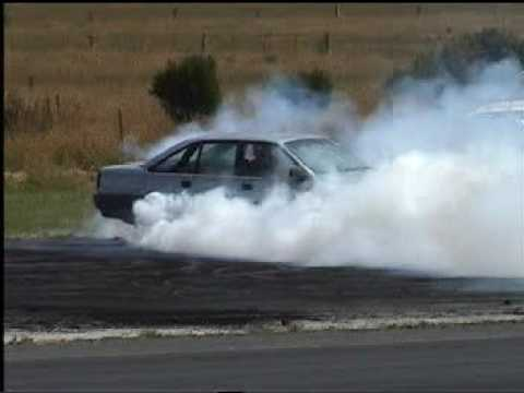 VN Commodore V6 Burnout 29-12-2007, South Coast Raceway