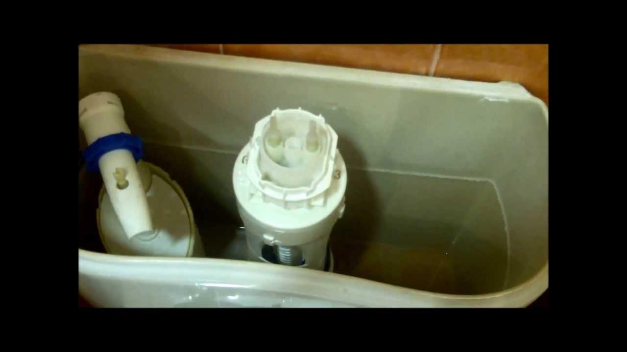 Reparar cisterna que pierde agua youtube for Abrir cisterna roca