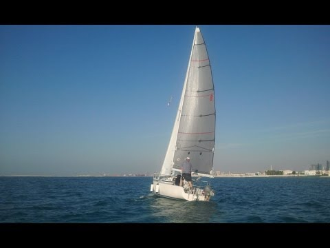 Sailing in Dubai 2012.avi