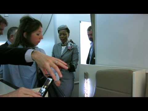 Etihad Airways 787 guided tour