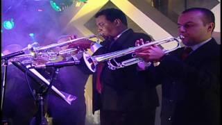 Tony Vega Esa Mujer (En Vivo Medellin) HD