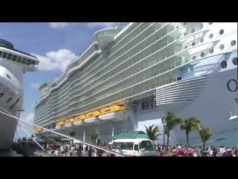 Tour Of The World39s Most Luxurious Cruise Ship The Oasis