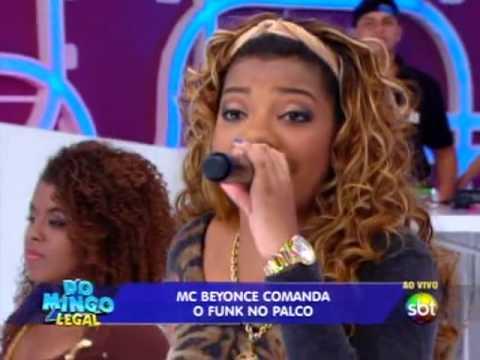 Domingo Legal - Mc Beyonce canta e leva sua mãe para o palco
