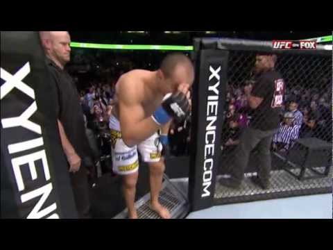 UFC 146 - Junior Dos Santos vs Frank Mir