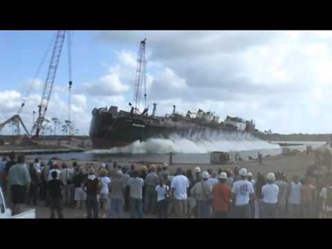 942 Barge Launchship launch)