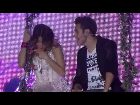 Violetta & Leon - Podemos (Live @ Palapartenope - Napoli) FULL HD - 23/01/2014