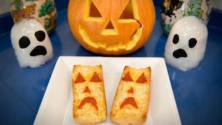 Fantasmas de Pan de Ajo con Queso y Pepperoni estilo Halloween