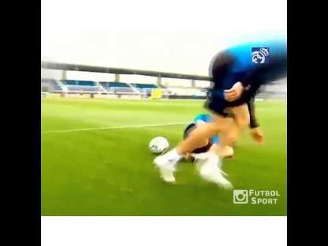 Pepe bị Marcelo troll