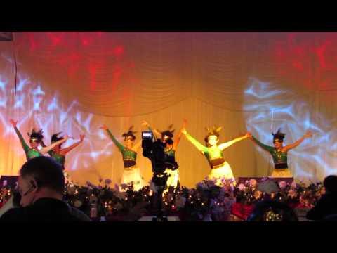 Nkauj Hmoob Hli Xiab @ Fresno Hmong New Year Dance Competition 2013 - 2014