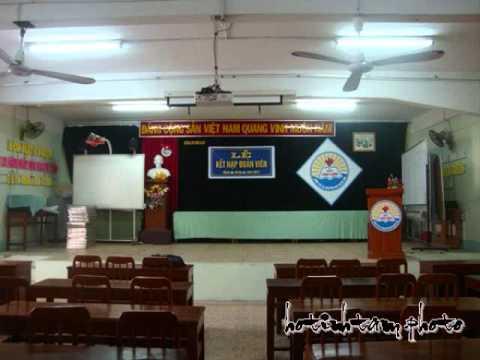 học sinh hành khúc.tặng Trường THPT Vĩnh Long.wmv