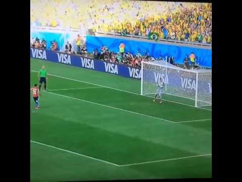 Charles Aránguiz increíble penal vs. Brasil (28/06/2014)