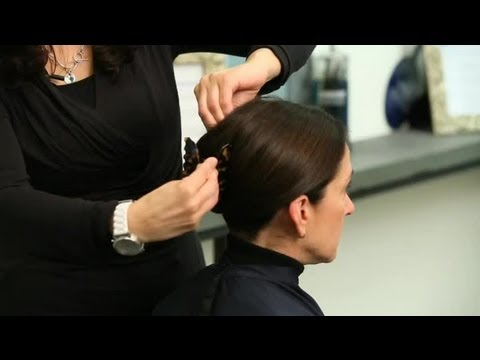 how to use an alligator hair clip  style your hair  youtube