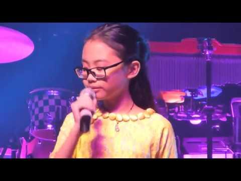 Bà Năm [live] - Phương Mỹ Chi biểu diễn tại Sydney , Úc