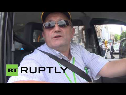 UK: Uber protest draws hundreds of cabbies