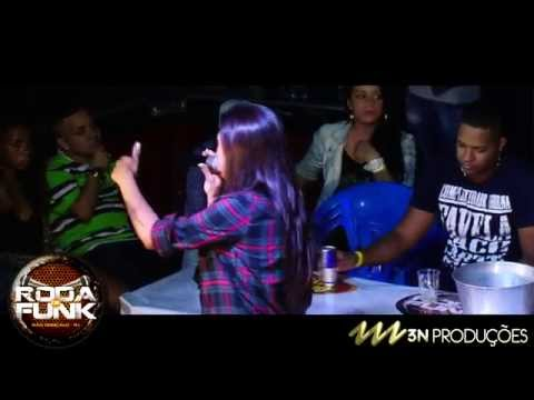 MC Marcelly :: Lançando musicas ao vivo na Roda de Funk :: Full HD