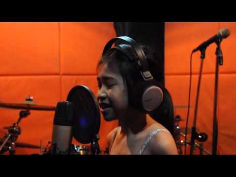 Beyonce - Listen น้องไอซ์ the voice kid (cover)