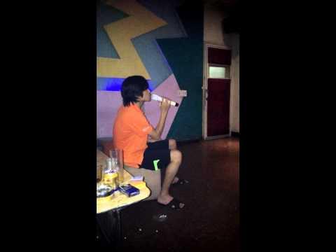 Đừng nhìn lại - cover by karaoke