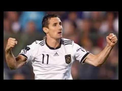 miroslav klose , كلوزة يعادل الرقم القياسي وينقذ ألمانيا أمام غانا