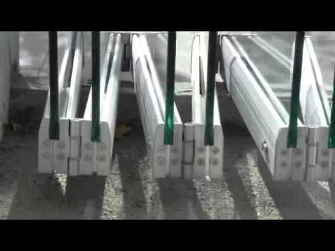Tauro vd sistema oculto para puertas plegables de vidrio youtube - Puertas deslizantes de cristal ...