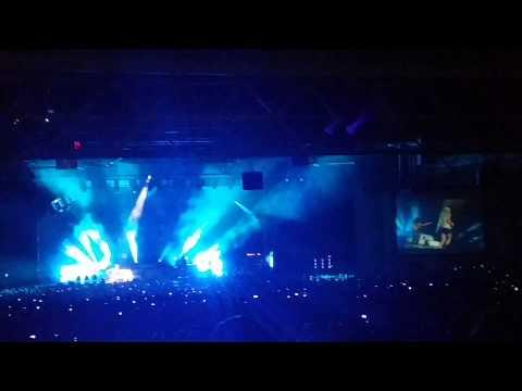 Miranda Lambert at Blake Shelton - Gexa 2014