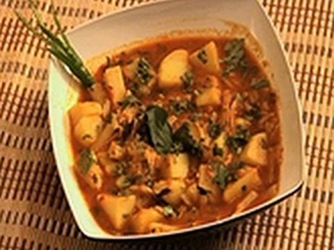 Aloo macaroni in tomato gravy indian food recipes asian food aloo macaroni in tomato gravy indian food recipes a delicious recipe for pasta forumfinder Images