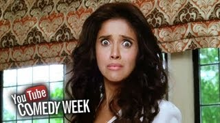 Asin shocked seeing Akshay undress - Comedy Sequence - Housefull 2